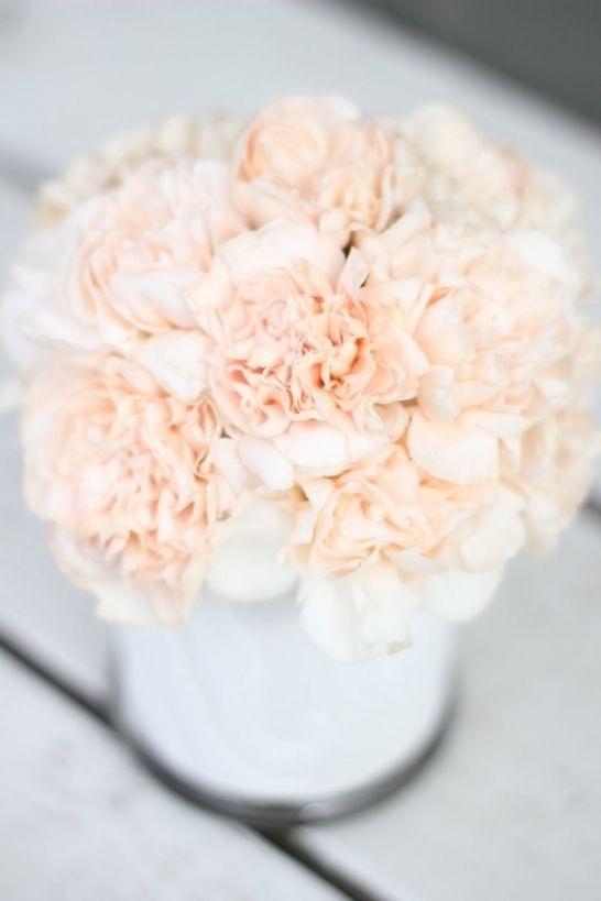 Wedding flowers: carnation inspiration