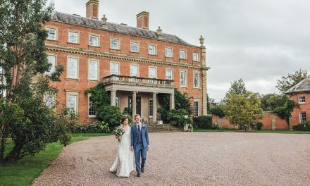 Real wedding: Lyndsey & Conor at Davenport House
