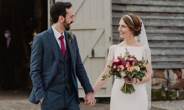 Real wedding: Stephanie & Mark at Pimhill Barn