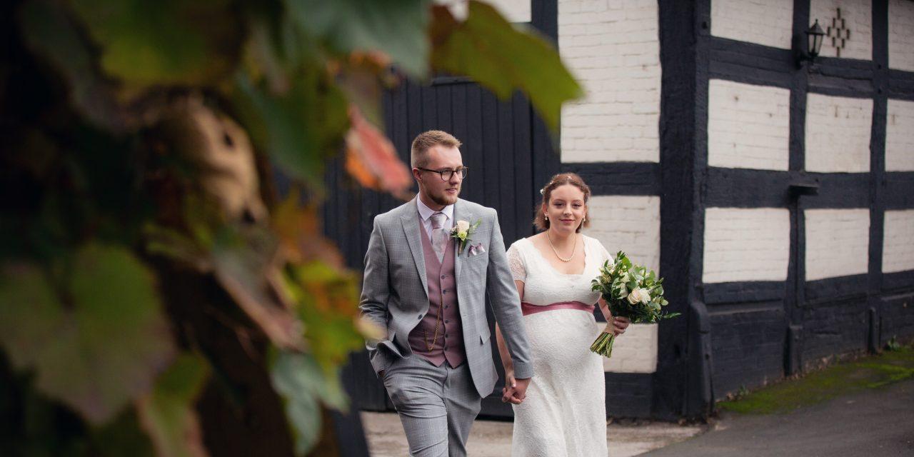 Real wedding: Sarah & Jordan at The Hundred House